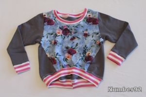 SIZE 5 TWISTED PULLOVER – PREMADE FLORAL ROSES FLEECE